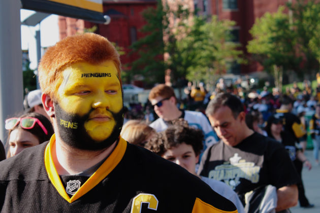 penguins fan