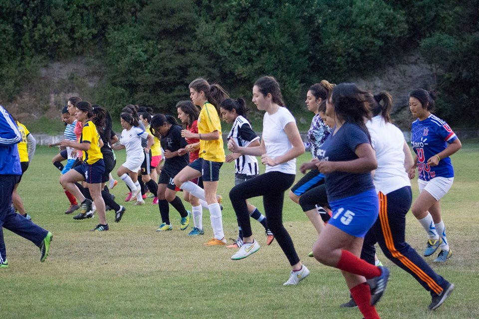 las ñañas soccer club training