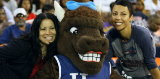 Howard University fans